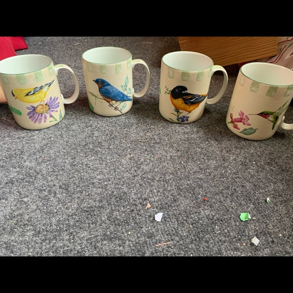 Lenox Summer Greetings coffee mugs.